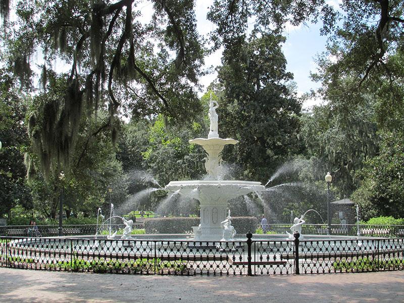 park_forsyth_fountain02_web
